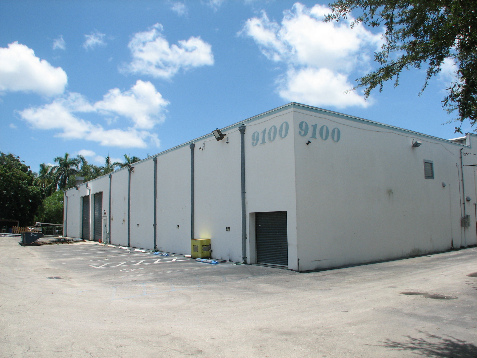 airport west miami dade warehouse
