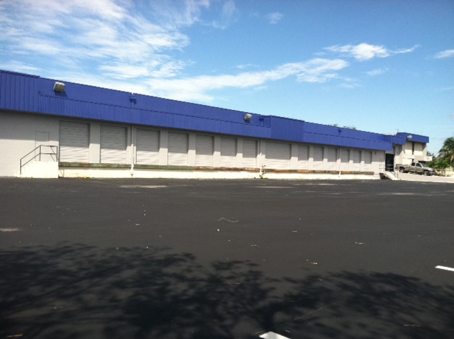 Distribution Warehouse In Doral, FL